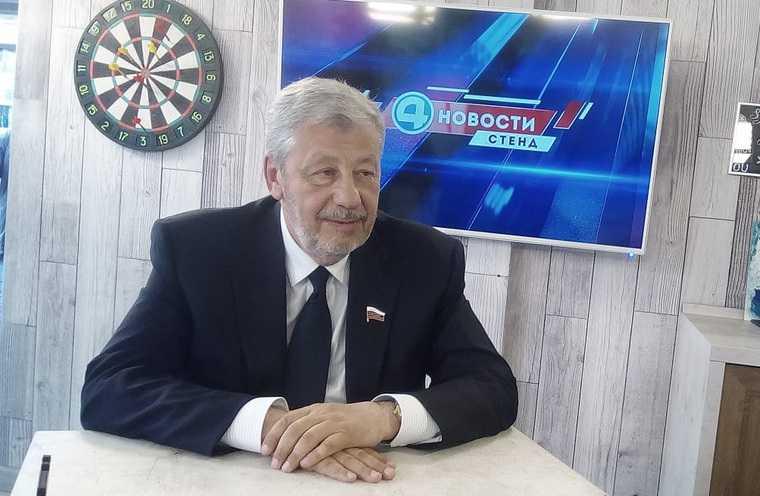 Экс-глава Екатеринбурга сменил имидж. ФОТО