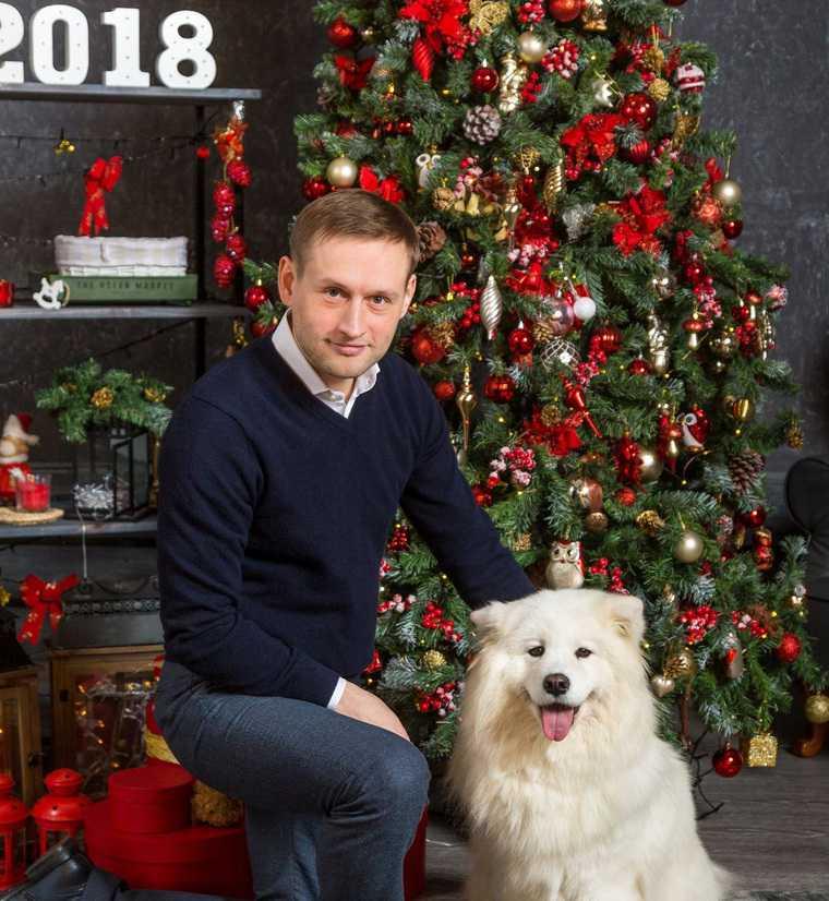Челябинские эсеры используют на выборах собаку из Екатеринбурга. Животное уже приносило удачу. ФОТО