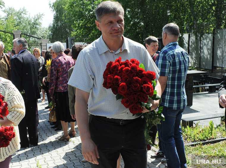 Сумин Петр Иванович 70 лет. Открытие памятной доски на краеведческом музее. Челябинск