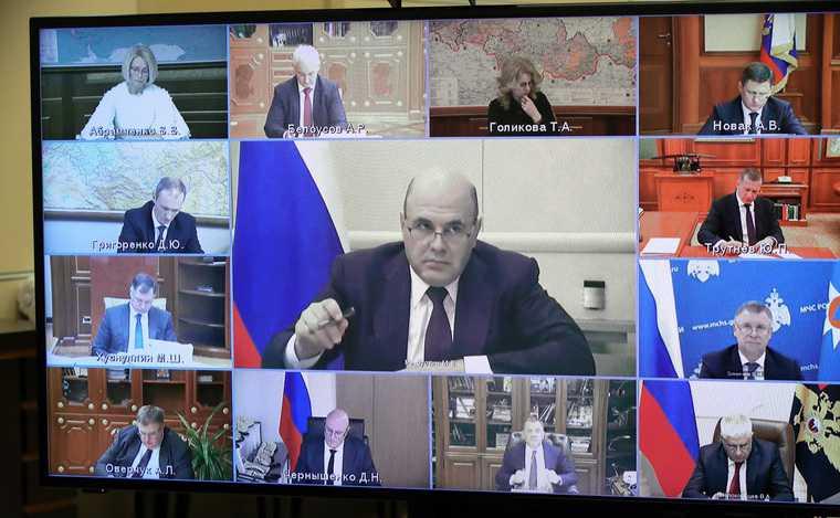 Путин защитил Мишустина отатаки элит