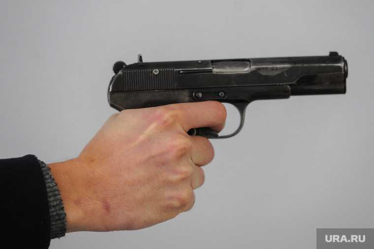 Челябинск полиция табельное оружие