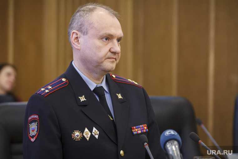 Екатеринбург взятка генералы Трифонов Романюк