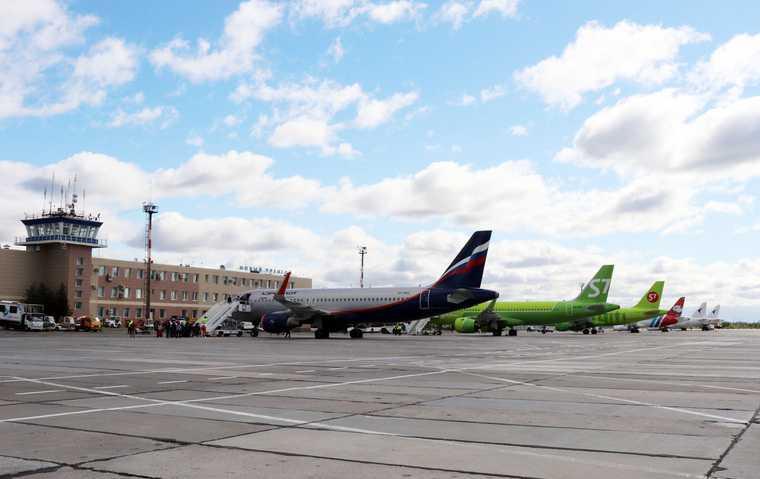 ЯНАО авиасообщение Новый Уренгой рейсы летом