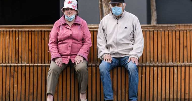 Ирина Добрецова коронавирус Россия пожилые люди вакцинация прививка
