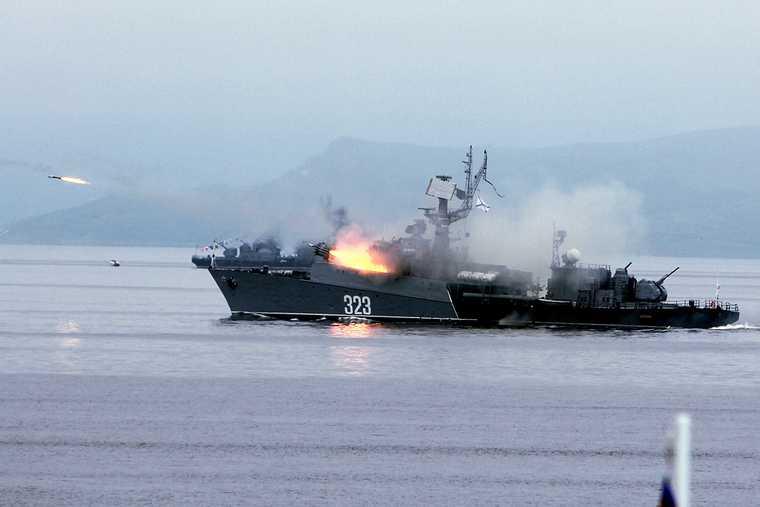 военные корабли США приблизятся к границам России