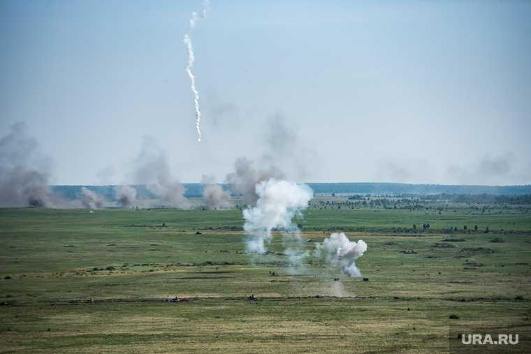 артиллерийский обстрел в Донбассе