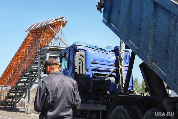 Обрушение надземного перехода на трассе Челябинск -Курган. Курган