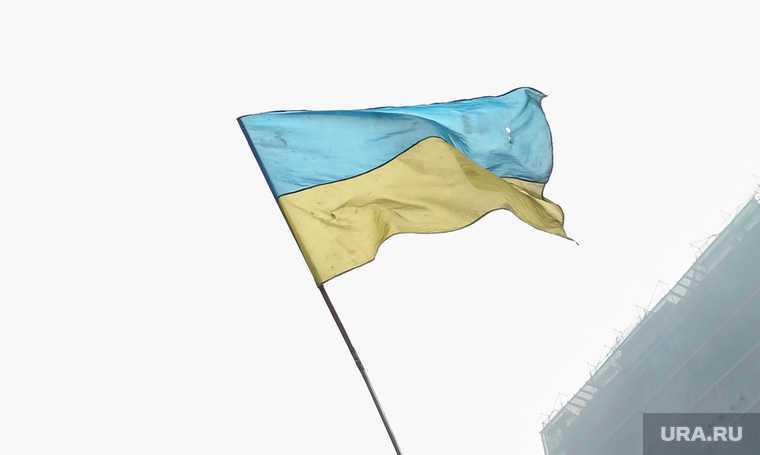 Совбез Украины ввел санкции против шести физических и четырех юридических лиц