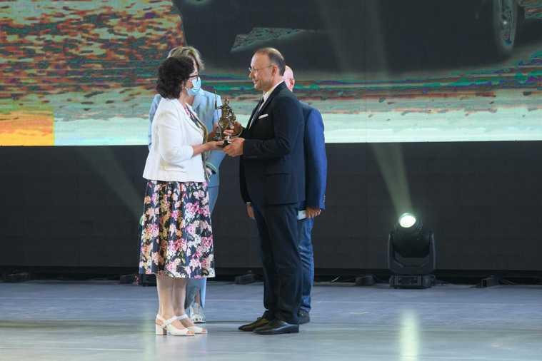 Свердловским бизнесменам вручили премию за помощь в пандемию. Фото